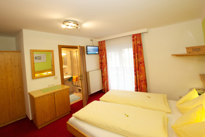 Zimmer-Doppelzimmer-Balkon